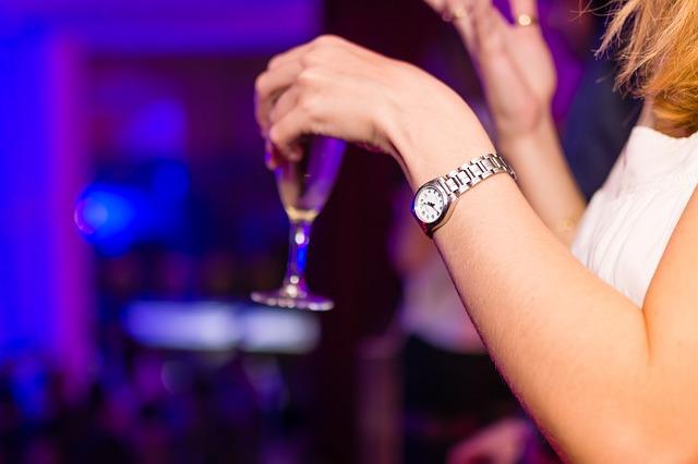Jak postępować z alkoholikiem w domu?