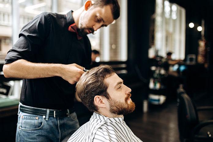 Fryzjer czy barber shop? Jak dokonać najlepszego wyboru